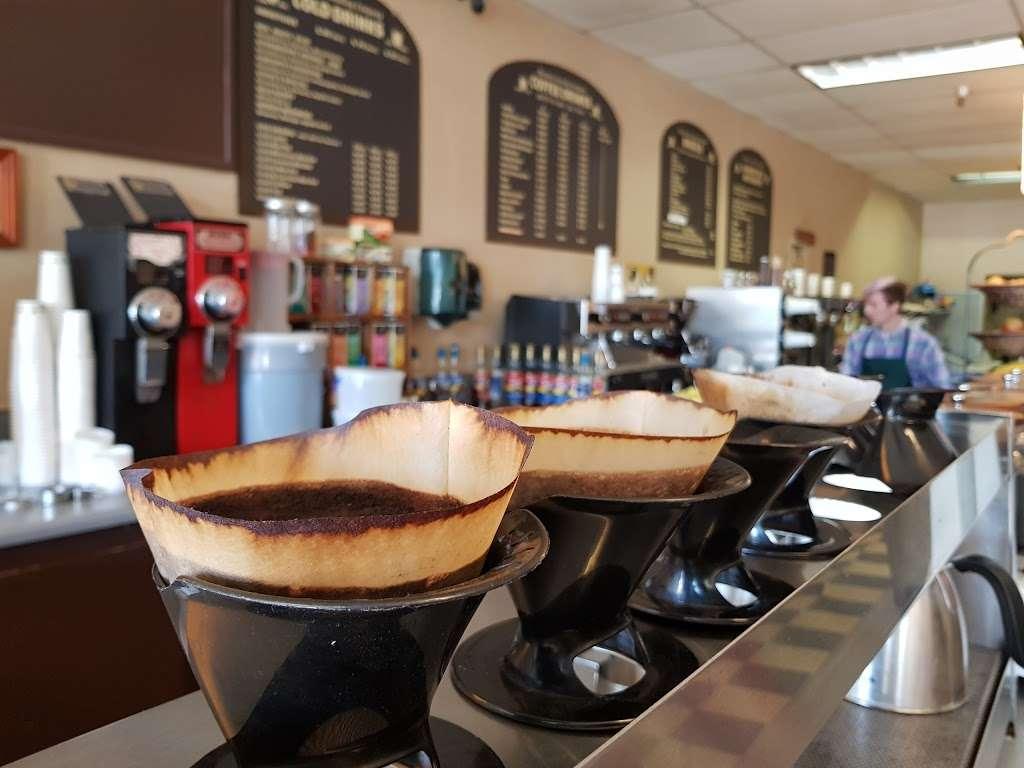 Mountain Roasting - cafe  | Photo 2 of 10 | Address: 6263 Graham Hill Rd, Felton, CA 95018, USA | Phone: (831) 335-9702