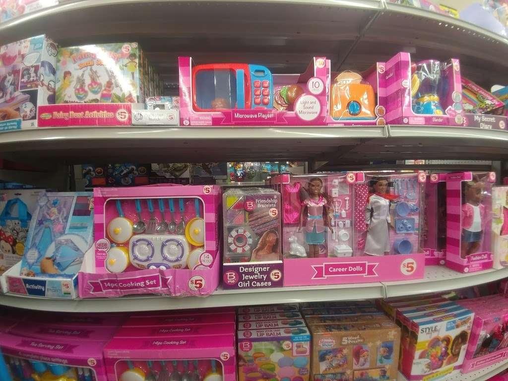 Family Dollar - supermarket  | Photo 1 of 10 | Address: 7500 Prospect Ave, Kansas City, MO 64132, USA | Phone: (816) 926-0885