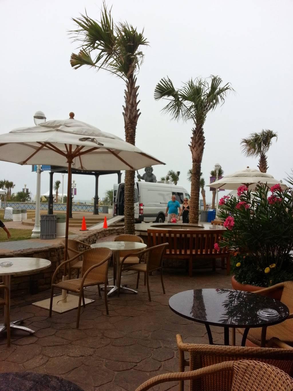 Catch 31 Fish House & Bar - restaurant    Photo 3 of 10   Address: 3001 Atlantic Ave, Virginia Beach, VA 23451, USA   Phone: (757) 213-3472