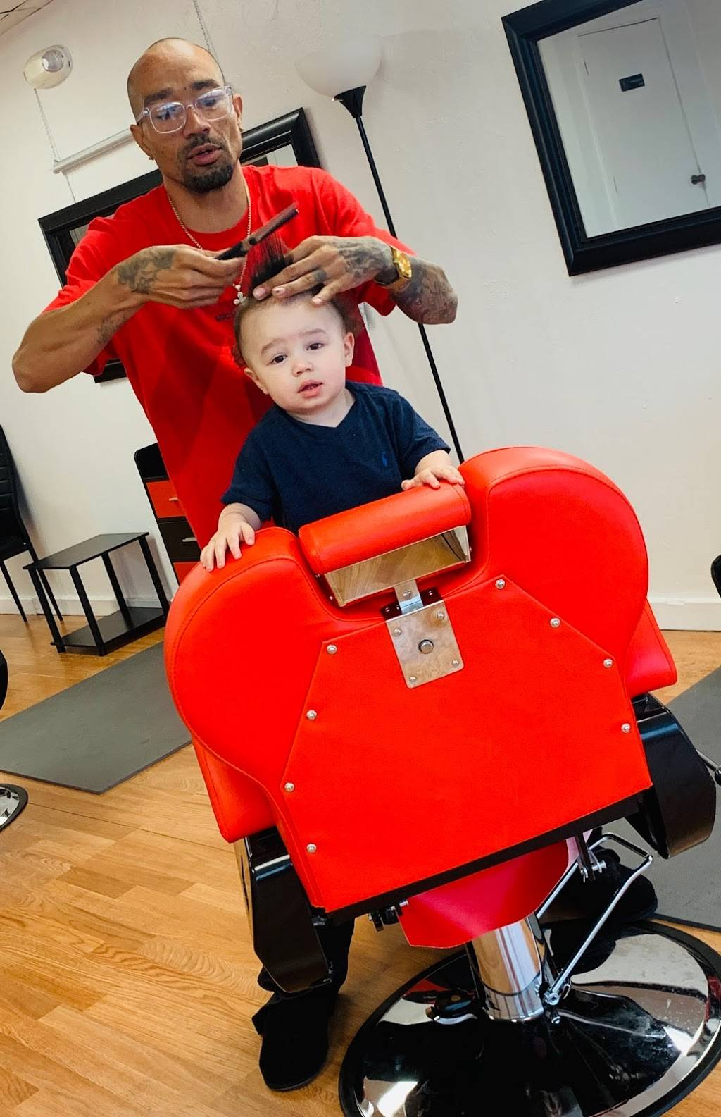 The After Hour Barbershop - hair care  | Photo 8 of 9 | Address: 12272 NE 23rd St, Choctaw, OK 73020, USA | Phone: (405) 339-1440