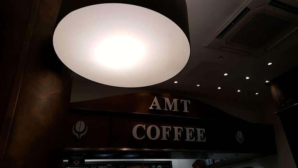 AMT Coffee - cafe  | Photo 9 of 10 | Address: Euston Rd, Kings Cross, London N1C 4QP, UK | Phone: 020 3772 4000