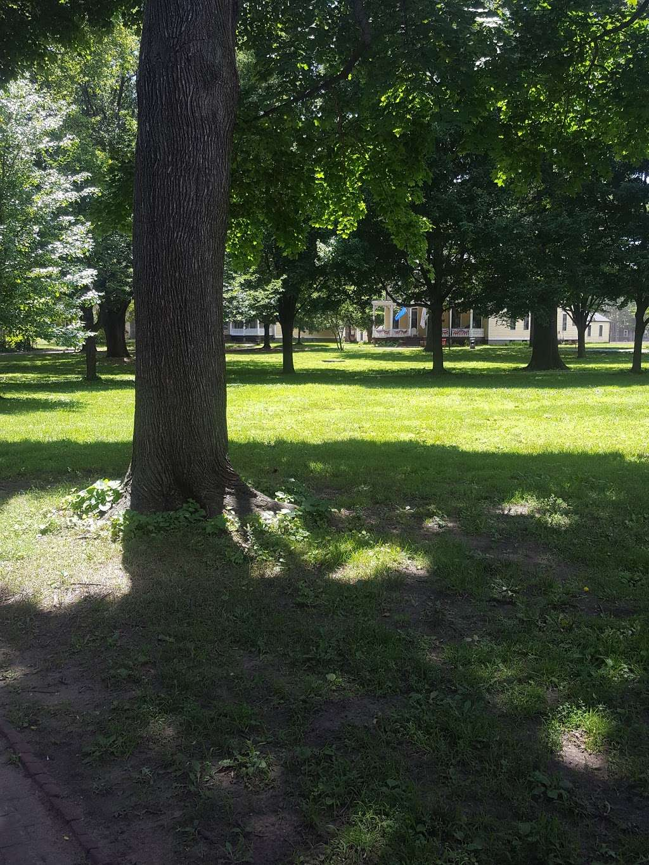 Nolan Park - park  | Photo 7 of 8 | Address: Governors Is, New York, NY 10004, USA
