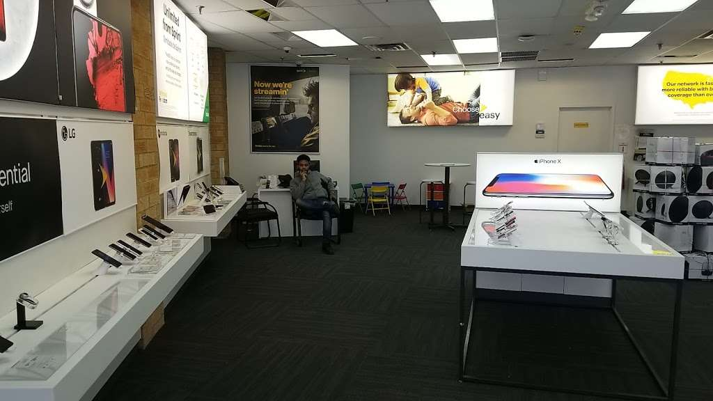 Sprint Store - electronics store  | Photo 1 of 8 | Address: 112A Wheeler Rd, Central Islip, NY 11722, USA | Phone: (631) 533-9999