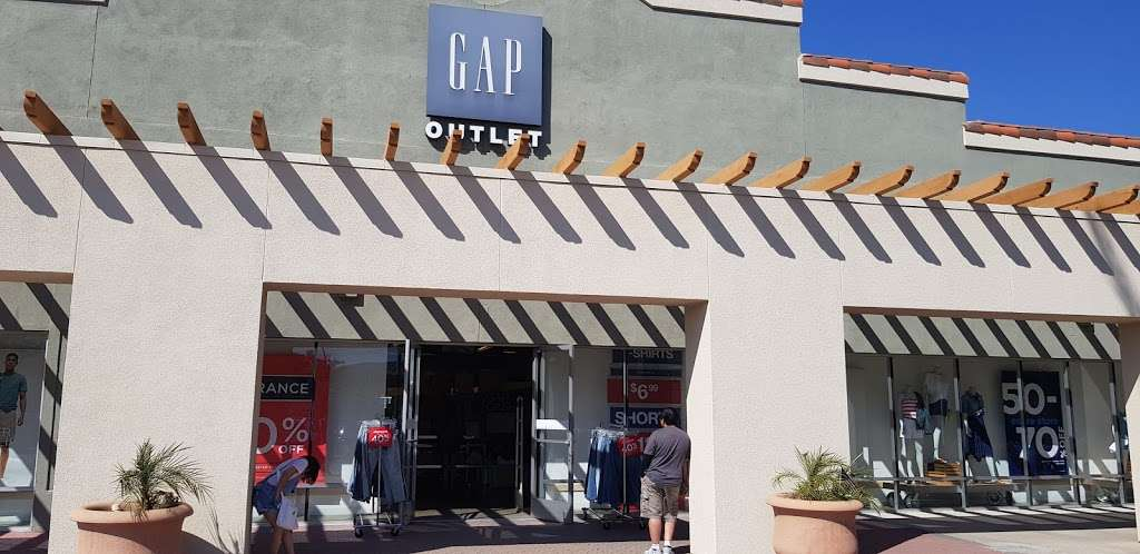 Gap Outlet - clothing store    Photo 6 of 10   Address: 17600 Collier Ave, Lake Elsinore, CA 92530, USA   Phone: (951) 245-6003