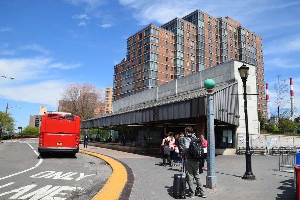 West Rd/f Subway - bus station  | Photo 1 of 4 | Address: New York, NY 10044, USA