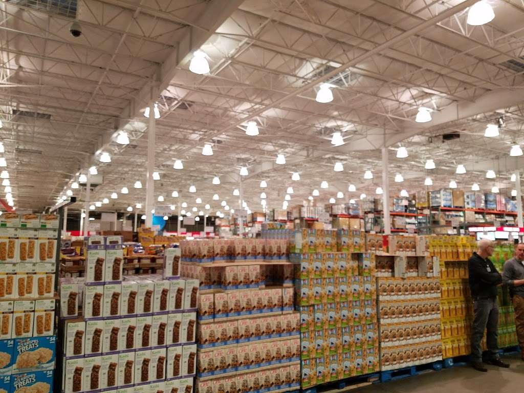 Costco Wholesale - department store  | Photo 7 of 10 | Address: 10 Garet Pl, Commack, NY 11725, USA | Phone: (631) 462-3900