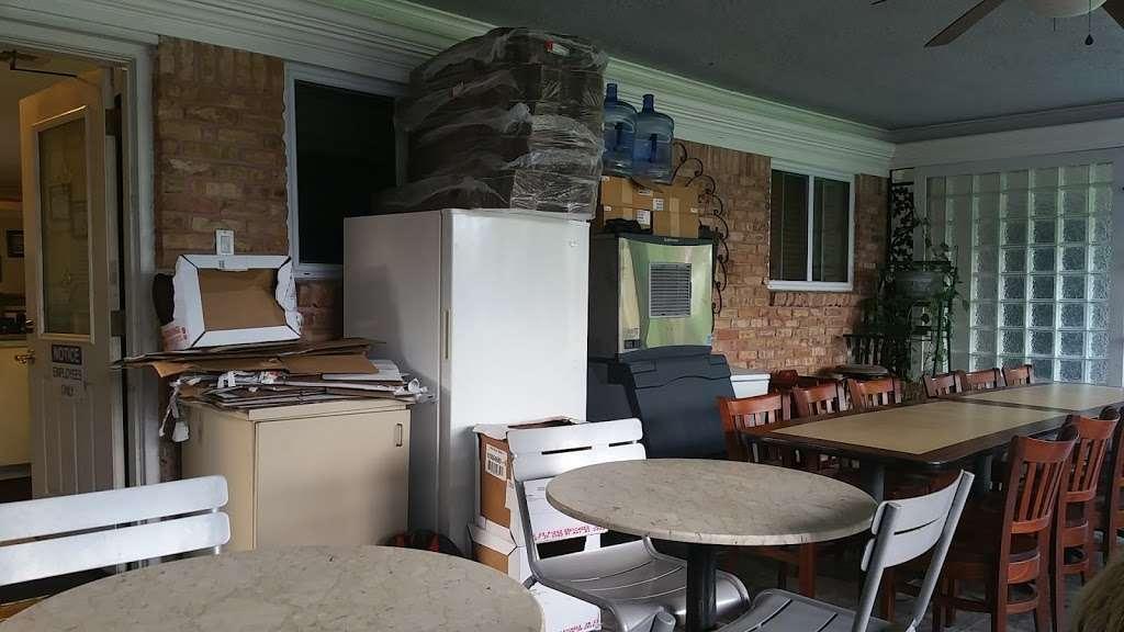 Als Pizza House - restaurant  | Photo 2 of 9 | Address: 2902 Greenhouse Rd, Houston, TX 77084, USA | Phone: (713) 595-5555