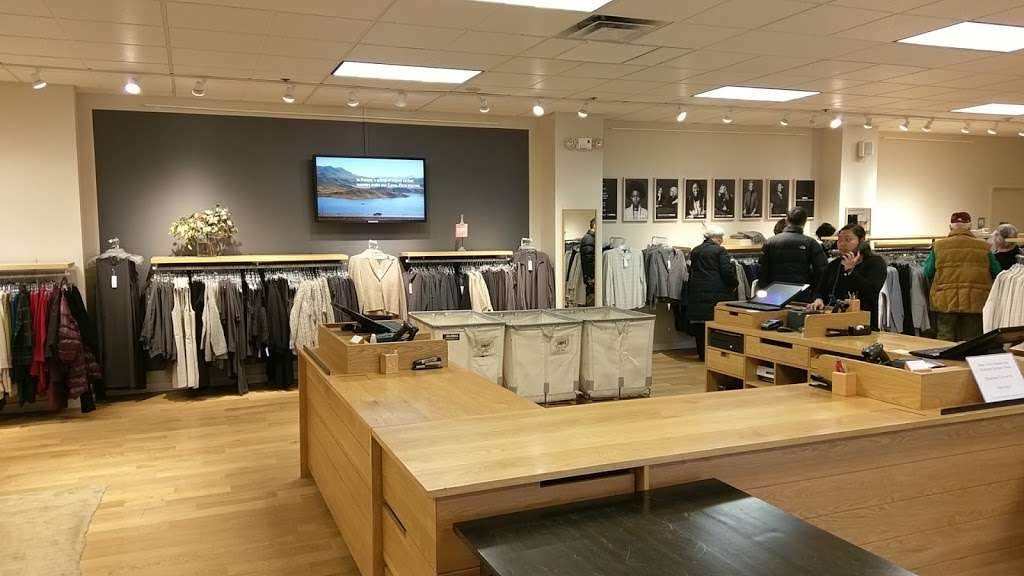 EILEEN FISHER - clothing store  | Photo 1 of 7 | Address: 45 Enterprise Ave N, Secaucus, NJ 07094, USA | Phone: (201) 866-0300
