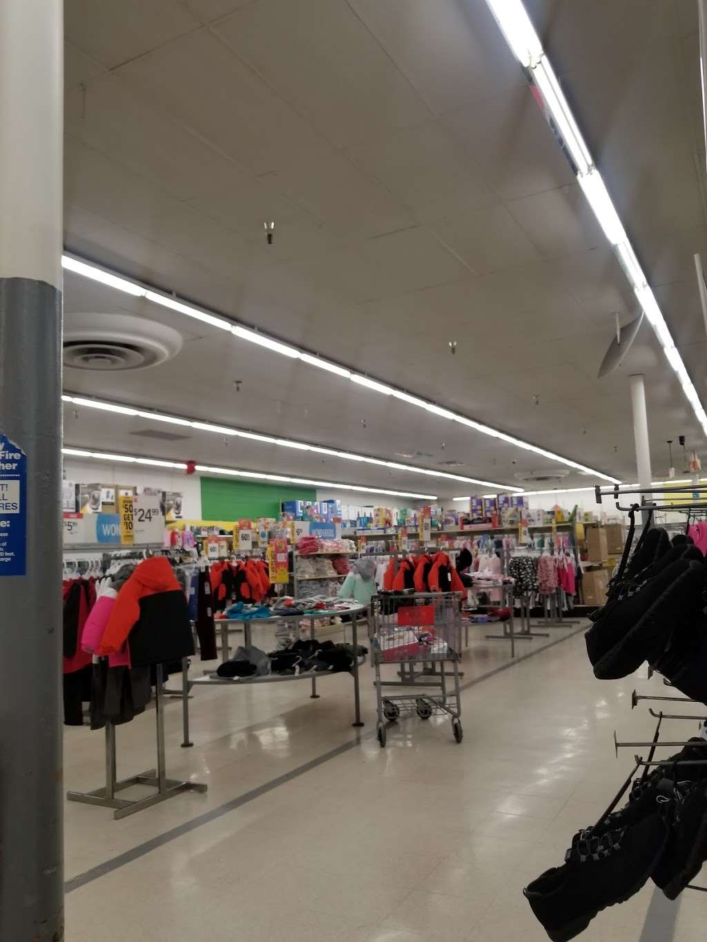 Kmart - department store  | Photo 3 of 10 | Address: 713 E Baltimore Ave, Clifton Heights, PA 19018, USA | Phone: (610) 622-5000