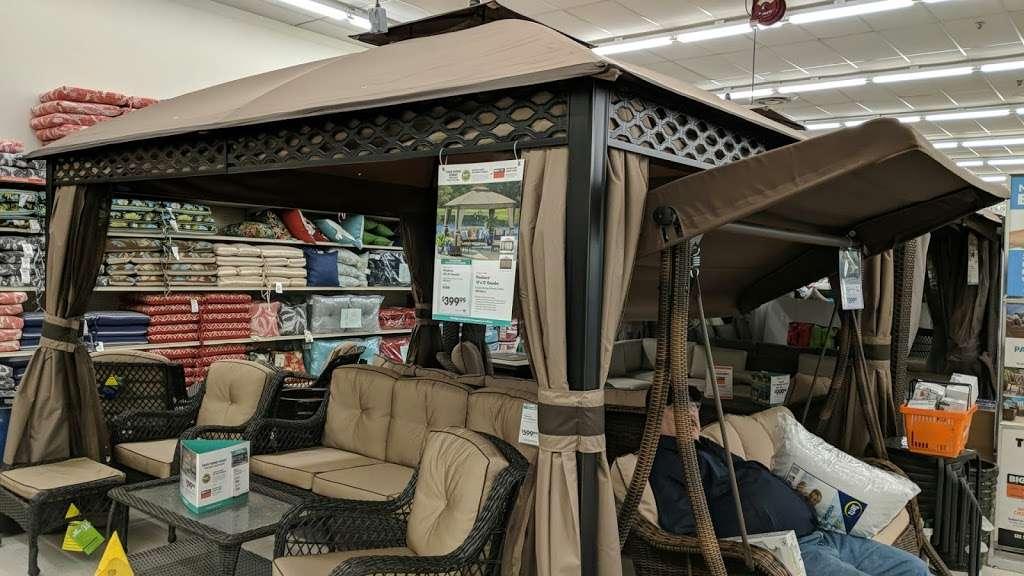 Big Lots - furniture store  | Photo 8 of 10 | Address: 1241 Blakeslee Blvd Dr E, Lehighton, PA 18235, USA | Phone: (570) 386-2345