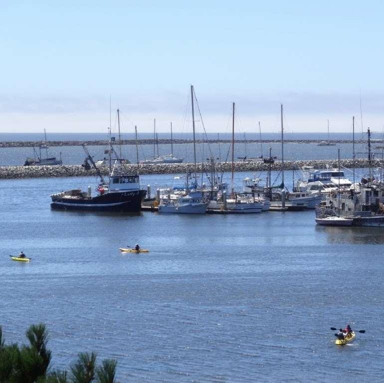 Coastal Rentals Vacation Homes - real estate agency    Photo 3 of 7   Address: 11820 Cabrillo Hwy N, El Granada, CA 94018, USA   Phone: (650) 260-4536