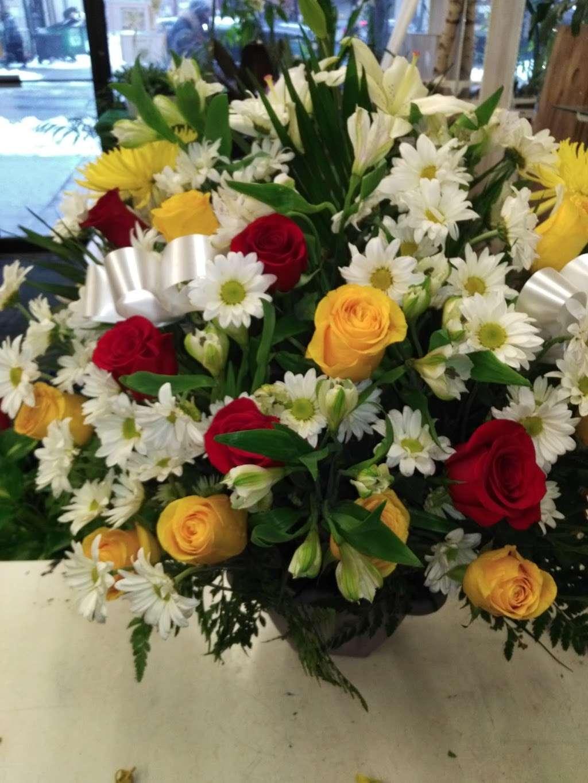Crown Heights Florist & Fruit Baskets - florist    Photo 4 of 10   Address: 325 Kingston Ave, Brooklyn, NY 11213, USA   Phone: (718) 773-1000