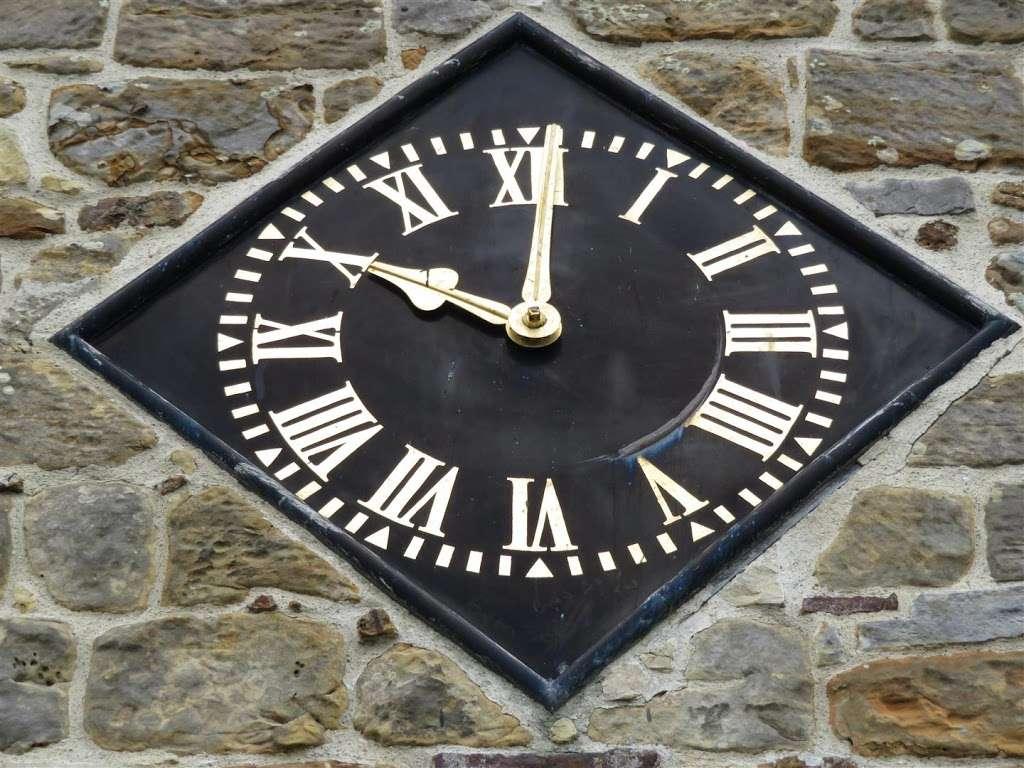 Saint Lawrence Church Bidborough - church  | Photo 6 of 7 | Address: 5 High St, Bidborough, Tunbridge Wells TN3 0UJ, UK | Phone: 01892 528081