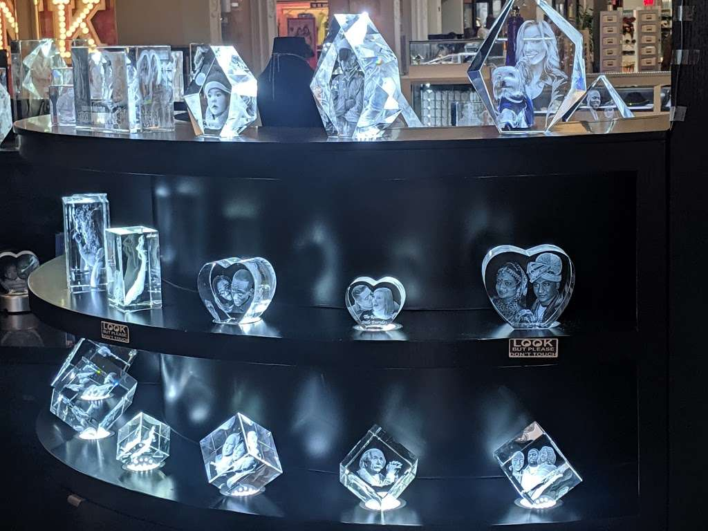 3D innovation - Customized & Personalized Gifts, Memorials & Awa - store  | Photo 7 of 10 | Address: 2034 Green Acres Rd W, valley stream, New York, Valley Stream, NY 11581, USA | Phone: (516) 962-7477