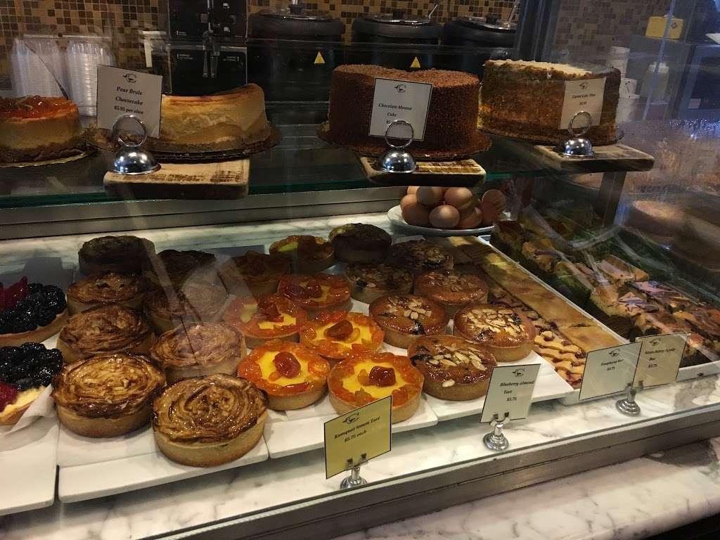 Choice Market - cafe  | Photo 7 of 10 | Address: 318 Lafayette Ave, Brooklyn, NY 11238, USA | Phone: (718) 230-5234