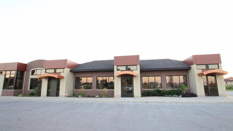 Elite Piano Studios - electronics store  | Photo 1 of 4 | Address: 3315 Banwell Rd, Windsor, ON N8N 0B6, Canada | Phone: (519) 999-8903