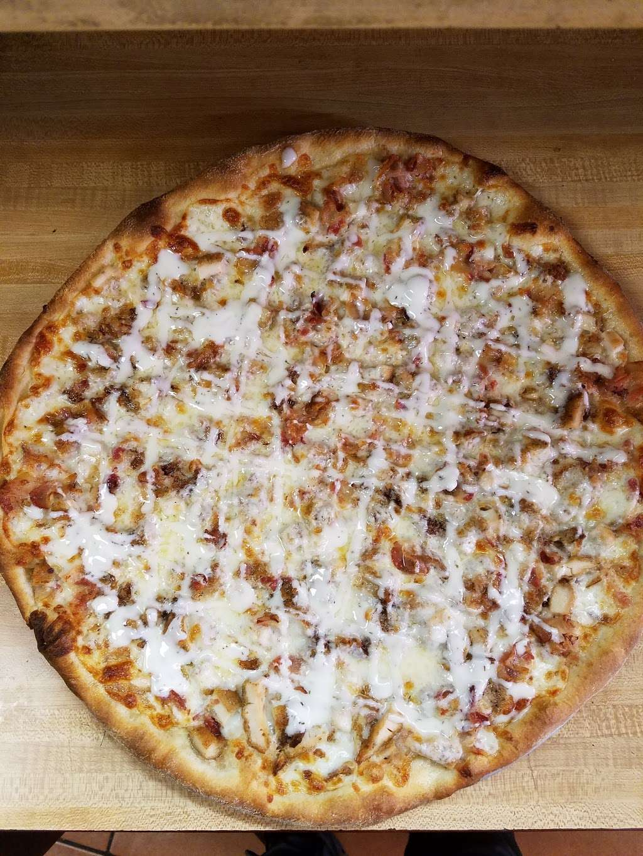 Johnnys Pizzeria - restaurant  | Photo 4 of 10 | Address: 520 Bergen Blvd, Palisades Park, NJ 07650, USA | Phone: (201) 944-4476