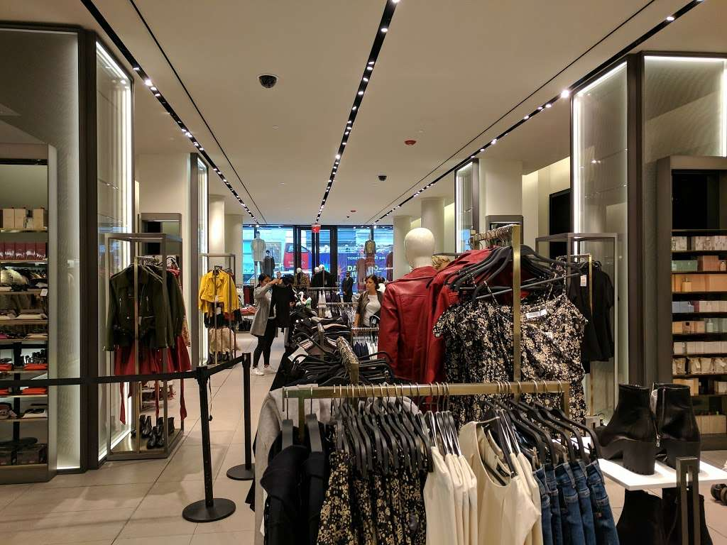 Zara - clothing store  | Photo 7 of 10 | Address: 101 5th Ave, New York, NY 10003, USA | Phone: (212) 741-0555