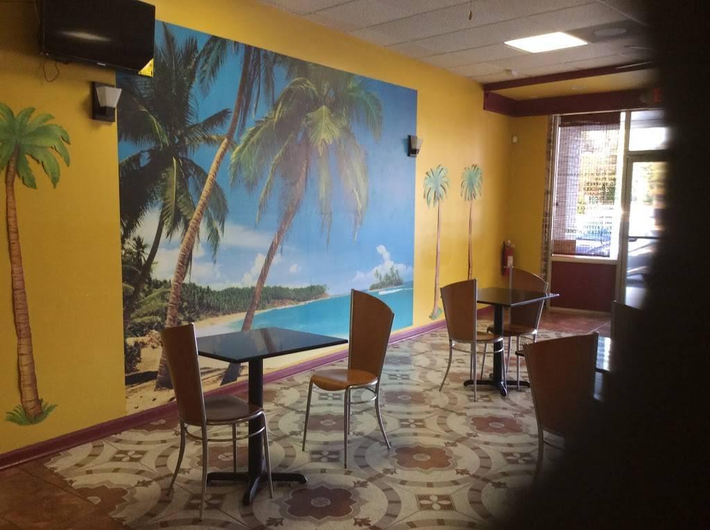 C & R Caribbean Jerk - restaurant  | Photo 4 of 7 | Address: 2575 Snapfinger Rd, Decatur, GA 30034, USA | Phone: (770) 680-4250