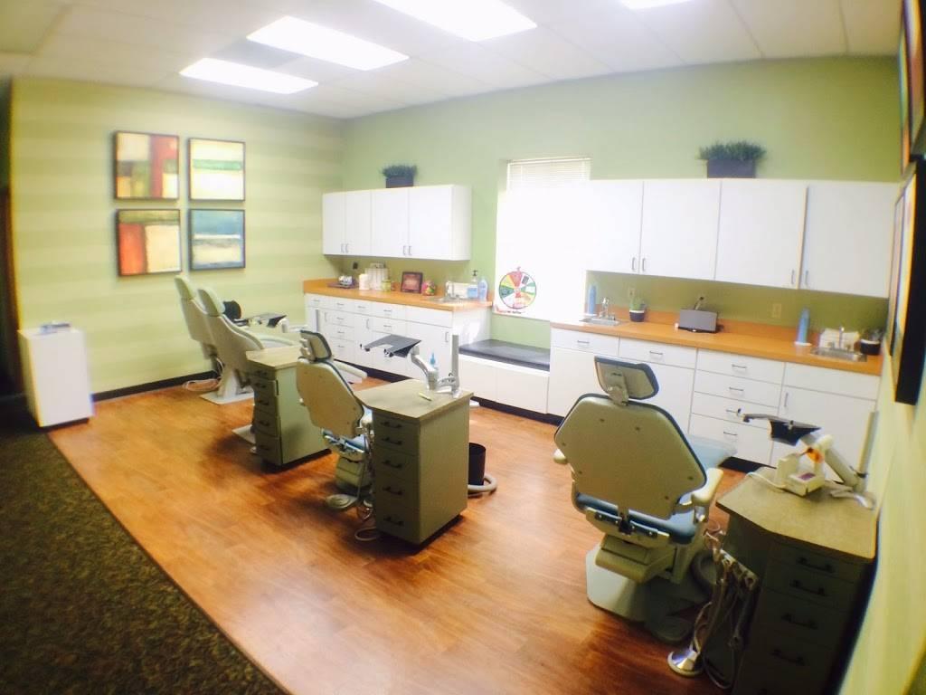 McDermott Orthodontics - dentist    Photo 1 of 7   Address: 4137 N Hwy 67, Florissant, MO 63034, USA   Phone: (314) 831-9399