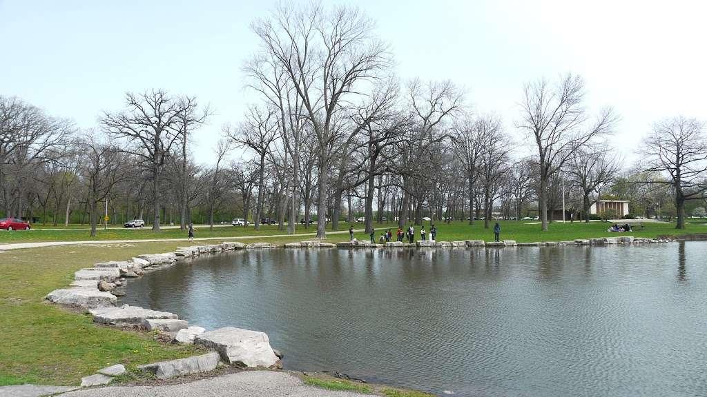 Jackson Park - park  | Photo 1 of 10 | Address: 3500 W Forest Home Ave, Milwaukee, WI 53215, USA | Phone: (414) 257-7275