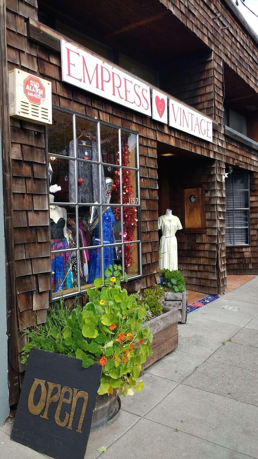 Empress Vintage - clothing store    Photo 8 of 10   Address: 1757 Alcatraz Ave, Berkeley, CA 94703, USA   Phone: (510) 542-6196