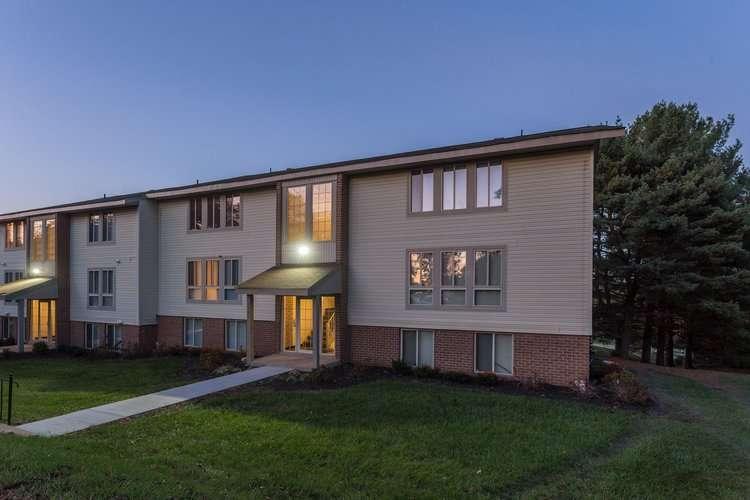 Hallfield Apartments - real estate agency  | Photo 10 of 10 | Address: 8517-B Heathrow Ct apartment b, Nottingham, MD 21236, USA | Phone: (410) 529-1006