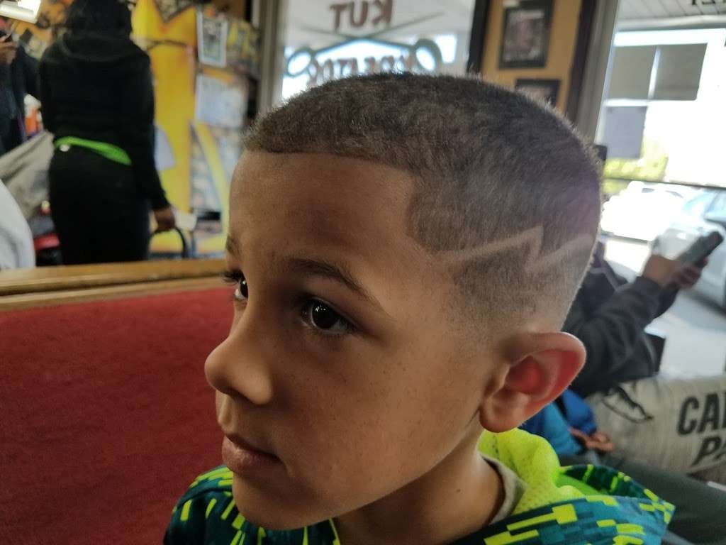Kut Kreator Barber Shop - hair care  | Photo 3 of 4 | Address: 875 Albright Rd, Rock Hill, SC 29730, USA | Phone: (803) 980-1978