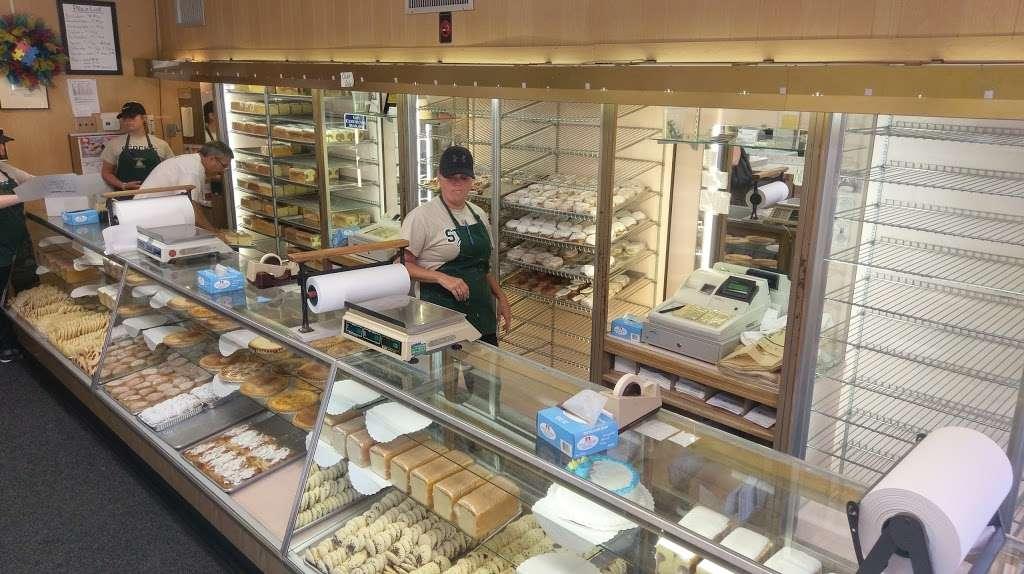 Stocks Bakery - bakery    Photo 1 of 10   Address: 2614 E Lehigh Ave, Philadelphia, PA 19125, USA   Phone: (215) 634-7344