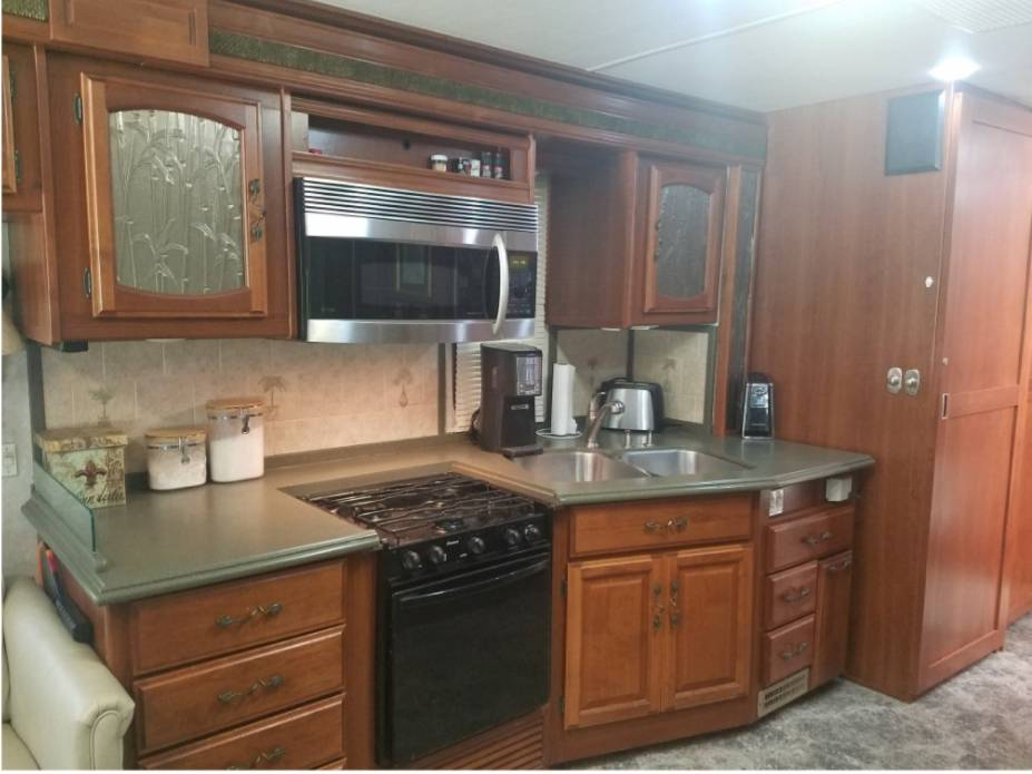 RV Camping Rental - car dealer  | Photo 7 of 10 | Address: NO PHYSICAL STORE, Pacific Beach Dr, San Diego, CA 92109, USA | Phone: (619) 341-5606