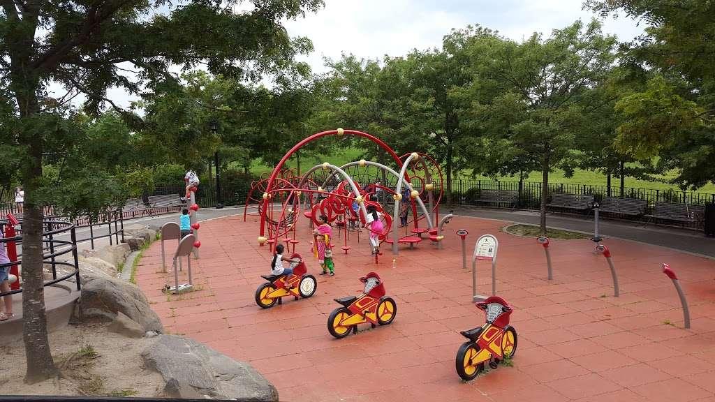 ELMHURST PARK - park    Photo 9 of 10   Address: Queens, NY 11373, USA
