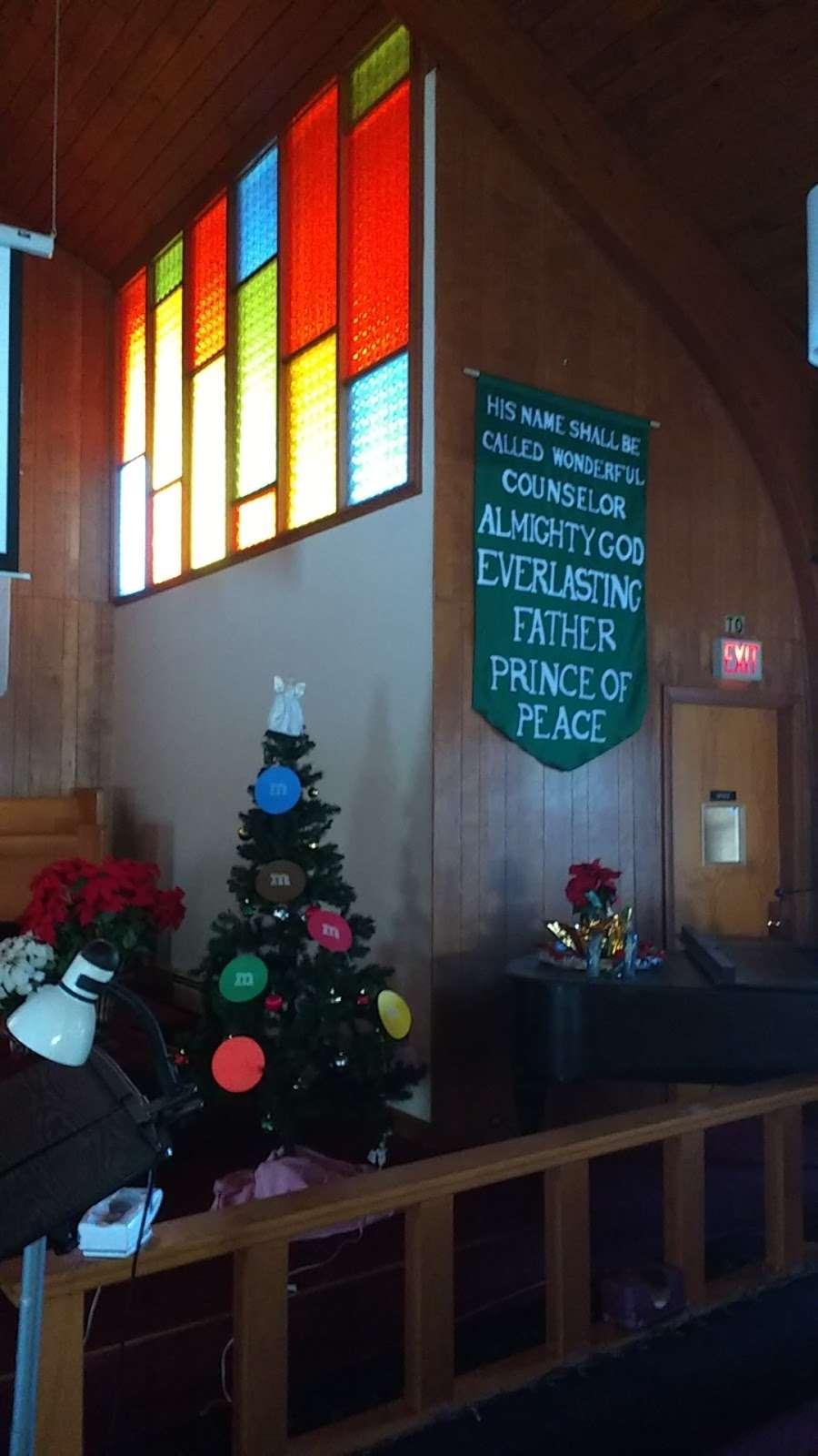 Lakeville Church of Nazarene - church    Photo 4 of 4   Address: 180 Main St, Lakeville, MA 02347, USA   Phone: (508) 946-5287