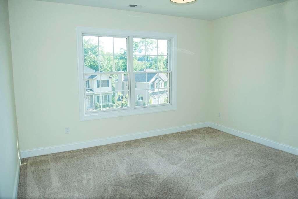 Reserve At Belair - real estate agency  | Photo 7 of 10 | Address: 60 Haggerty Dr, West Orange, NJ 07052, USA | Phone: (973) 736-5757