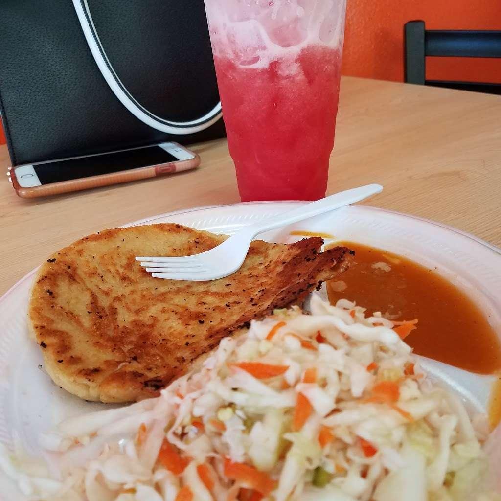 La Placita Restaurant - restaurant  | Photo 8 of 9 | Address: 1534 W Carson St, Torrance, CA 90501, USA | Phone: (310) 613-6530