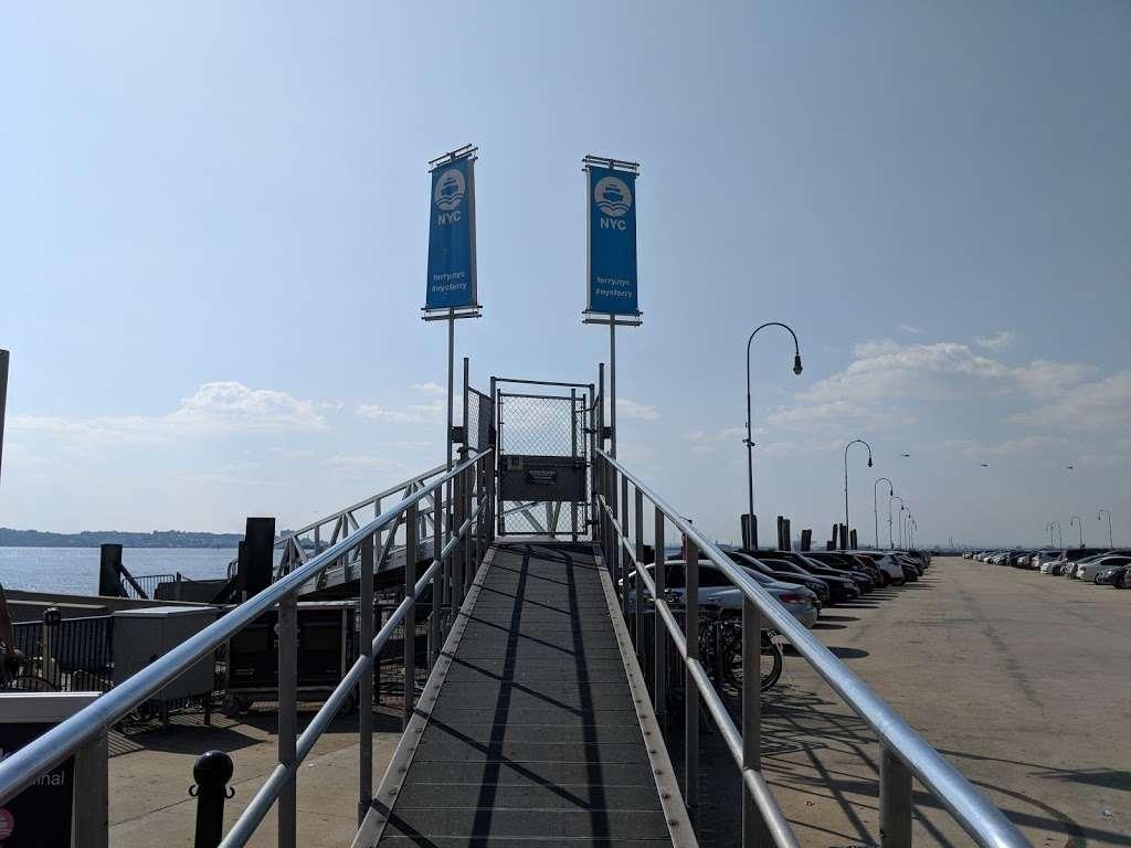 Sunset Park/Brooklyn Army Terminal - transit station  | Photo 8 of 10 | Address: Brooklyn, NY 11220, USA