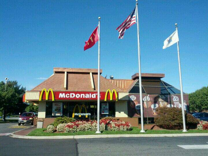 McDonalds - cafe  | Photo 2 of 10 | Address: 3049 NJ-38, Mt Laurel, NJ 08054, USA | Phone: (856) 778-9021