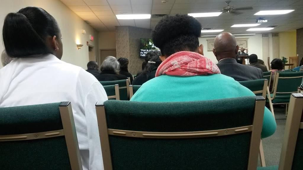 Jehovahs Witnesses - church  | Photo 4 of 6 | Address: 3755 Range Line Rd, Memphis, TN 38127, USA | Phone: (901) 358-4773
