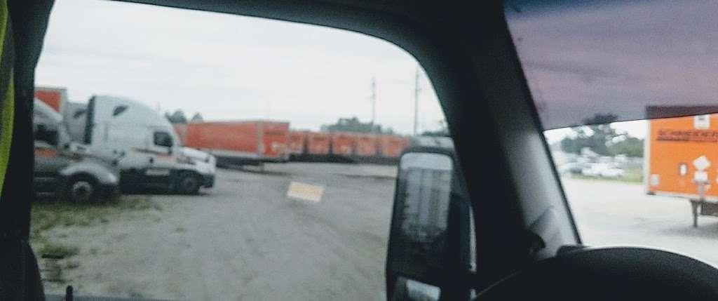 Schneider Trucking Inc. - moving company  | Photo 2 of 3 | Address: 620 Thorpe Rd, Orlando, FL 32824, USA | Phone: (800) 558-6767
