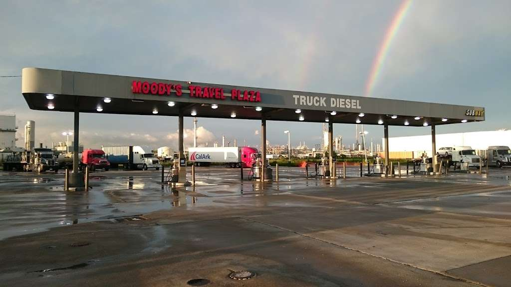 Moodys Travel Plaza - atm    Photo 1 of 10   Address: 9119 Hwy 225, La Porte, TX 77571, USA   Phone: (281) 542-5300