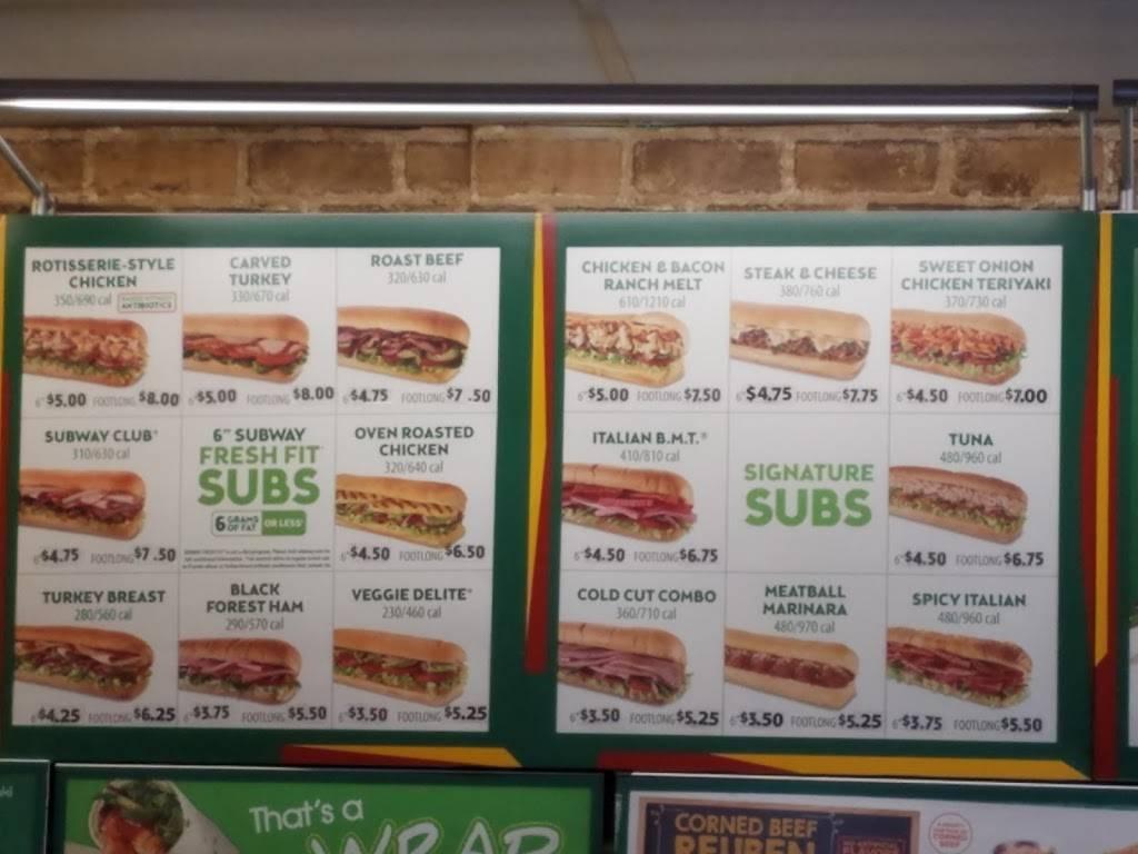 Subway - meal takeaway  | Photo 4 of 6 | Address: 2360 W 68th St #127, Hialeah, FL 33016, USA | Phone: (305) 362-9366