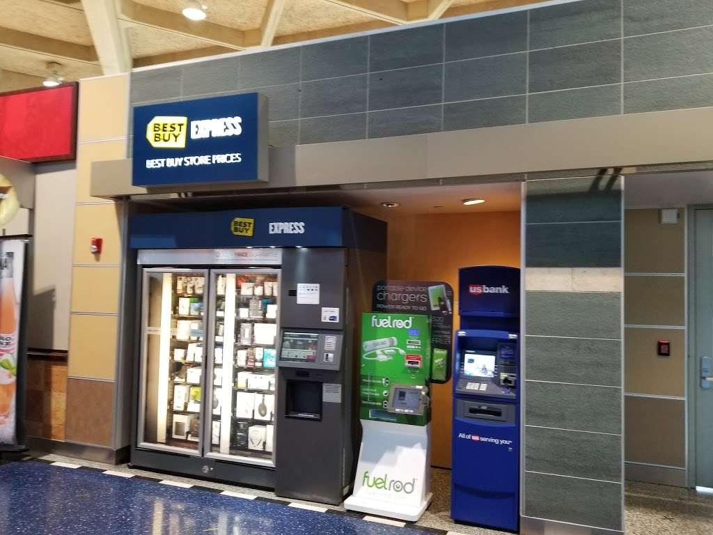 U S  Bank ATM   67 Beirut Cir, Kansas City, MO 64153, USA