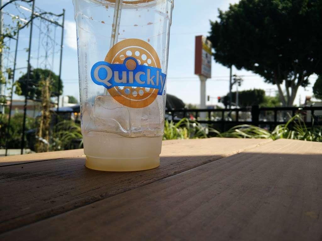 Quickly Cafe - cafe  | Photo 7 of 10 | Address: 171 Live Oak Ave, Arcadia, CA 91006, USA | Phone: (626) 447-2882