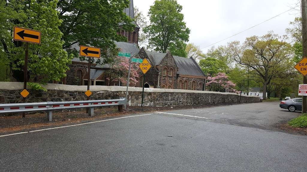 Church of St Andrew - church    Photo 5 of 10   Address: 40 Old Mill Rd, Staten Island, NY 10306, USA   Phone: (718) 351-0900