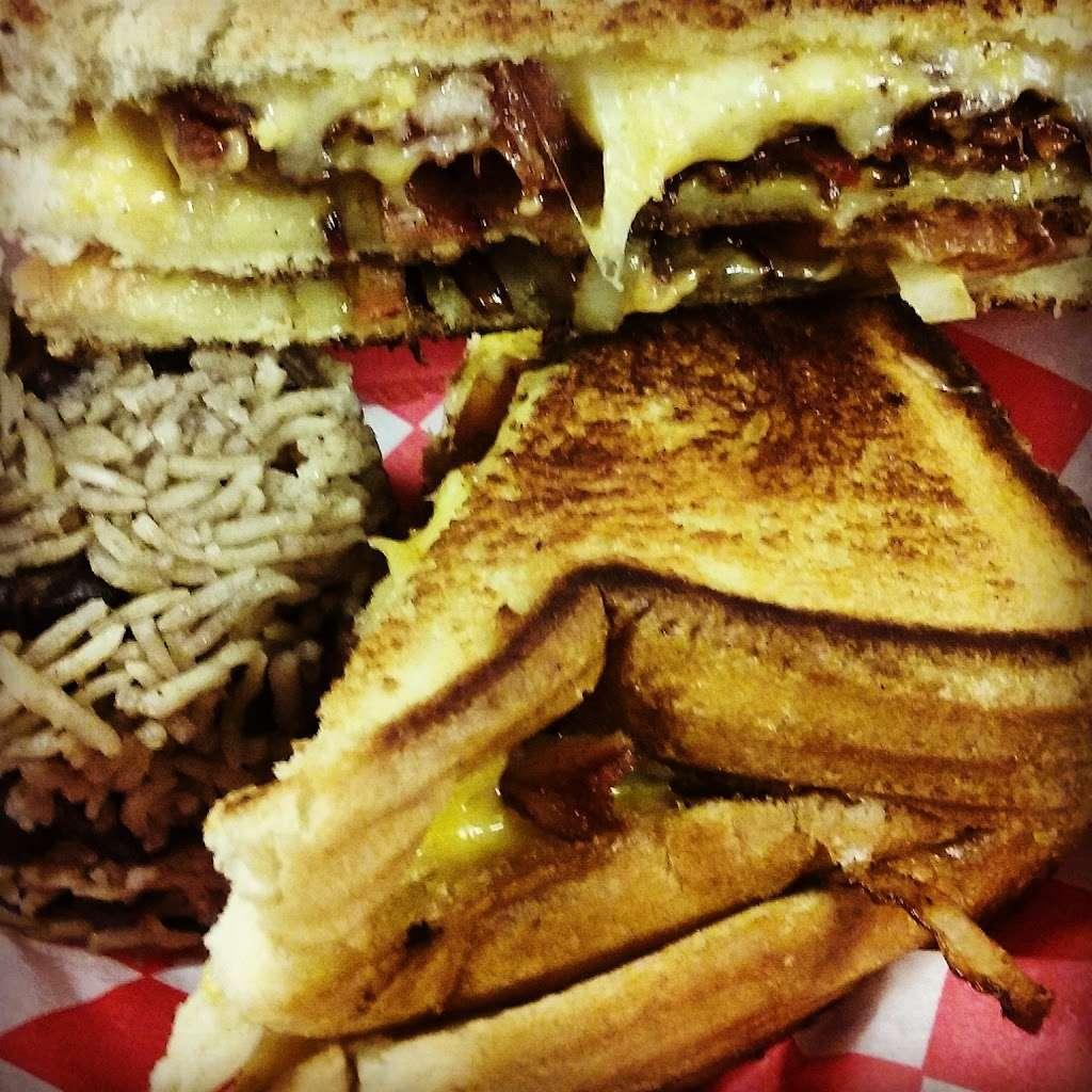 The Snack Shack NJ - restaurant  | Photo 9 of 10 | Address: Palisades Interstate Pkwy, Englewood Cliffs, NJ 07632, USA | Phone: (201) 741-4334
