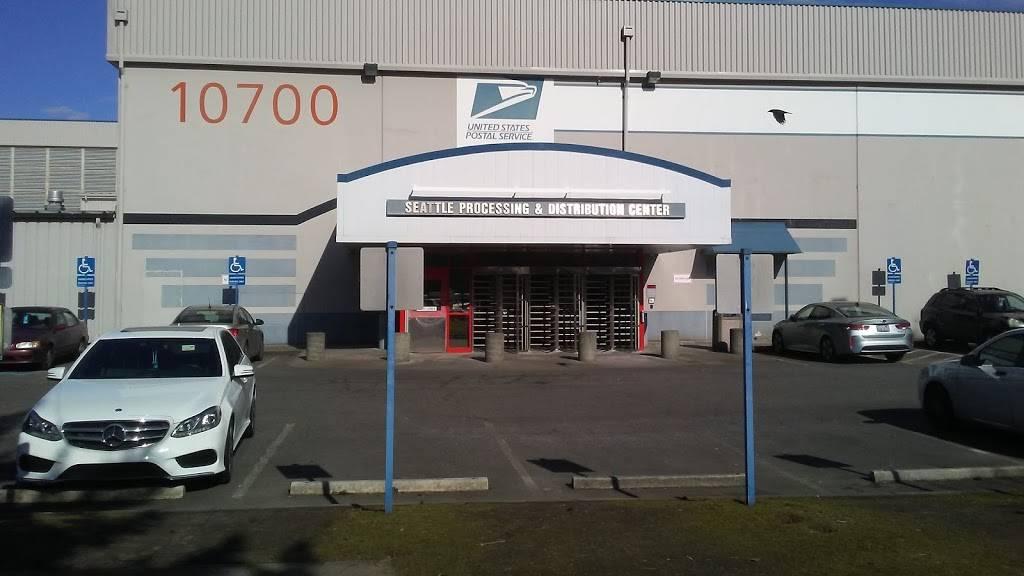 USPS. Processing & Distribution Center - post office  | Photo 3 of 8 | Address: 10700 27th Ave S, Tukwila, WA 98168, USA | Phone: (206) 768-4381