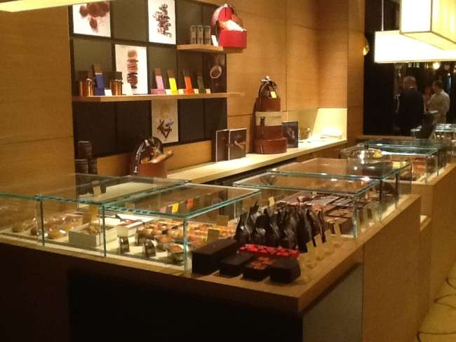 La Maison du Chocolat - store  | Photo 1 of 5 | Address: 10 Columbus Cir, New York, NY 10019, USA | Phone: (917) 891-3823