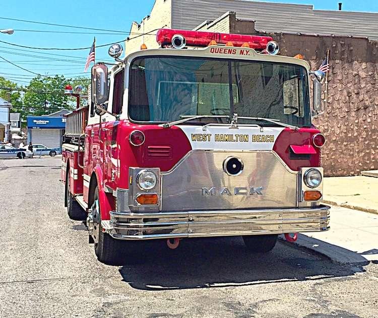 West Hamilton Beach Volunteer Fire Department - fire station  | Photo 3 of 7 | Address: 10233 Davenport Ct, Jamaica, NY 11414, USA | Phone: (718) 843-9863