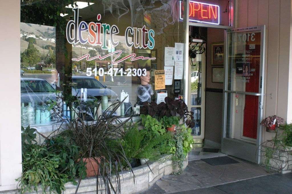 New Upper Cuts - hair care  | Photo 2 of 2 | Address: 31073 Mission Blvd, Hayward, CA 94544, USA | Phone: (510) 471-2303