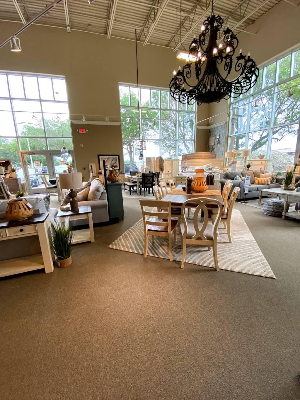 Ashley HomeStore - furniture store  | Photo 5 of 8 | Address: 2615 Vildibill Dr, Brandon, FL 33510, USA | Phone: (813) 654-5955