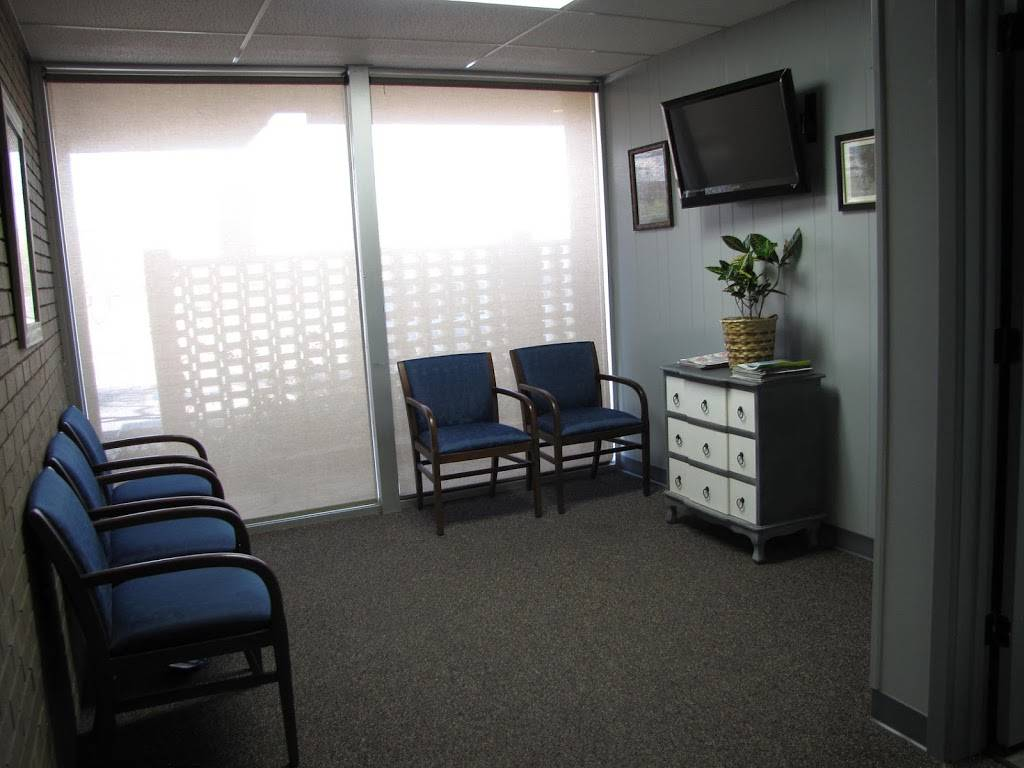 Reddell Russell W DDS - dentist  | Photo 2 of 7 | Address: 2420 Quaker Ave #101, Lubbock, TX 79410, USA | Phone: (806) 701-5066